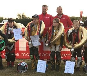 Unsere Meister 2016: Freddie Heinrich (Deutscher Mini-Bike-Meister, Nachwuchs NSF 100), Philip Kastl (Deutscher Mini-Bike-Meister, Einsteiger NSF 100), Parez Sabri (Deutscher Pocket-Bike-Meister, BLATA), Marlon Gregur (Deutscher Pocket-Bike-Meister, GRC)